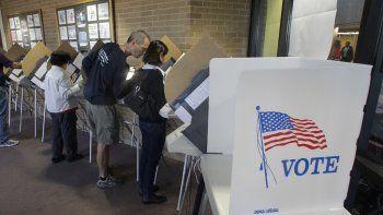 El 30% de los votantes hispanos se identifica como independiente