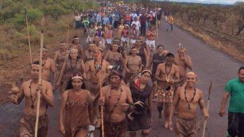 Indígenas deciden salir de su tierra natal para exigir el revocatorio a Nicolás Maduro