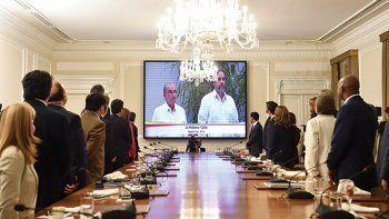 En Bogotá el consejo de ministros siguió en vivo la firma del acuerdo con las FARC en La Habana el 24 de agosto