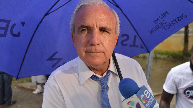 El alcalde se mostró muy confiado en su triunfo, incluso si no supera el 50% del voto y tiene que pasar a la segunda vuelta
