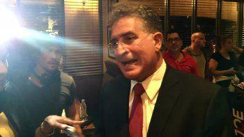En un restaurante del sector de Kendall, Joe García celebró su triunfo en las primarias demócratas. (D.C)