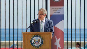 El mandatario insistió en que el diplomático se ha involucrado con el pueblo cubano, y ha expresado y defendido los valores estadounidenses para defender los derechos humanos en la isla