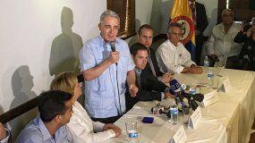 Negamos que Colombia abra las puertas al castrochavismo para convertirnos en una segunda Venezuela, enfatizó el exjefe de estado colombiano, Álvaro Uribe.