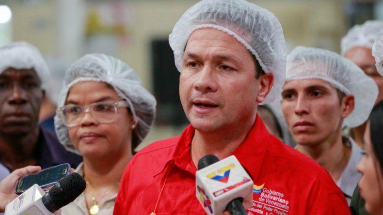 Carlos Farías explicó que la guerra económica no ha parado contra el país