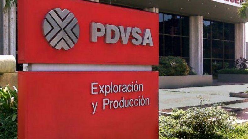 PDVSA explica que iniciaron un protocolo industrial para el saneamiento socioambiental de la zona en la que se produjo la fuga de crudo