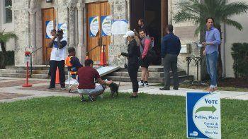Mejora participación de votantes en elección especial en Miami-Dade