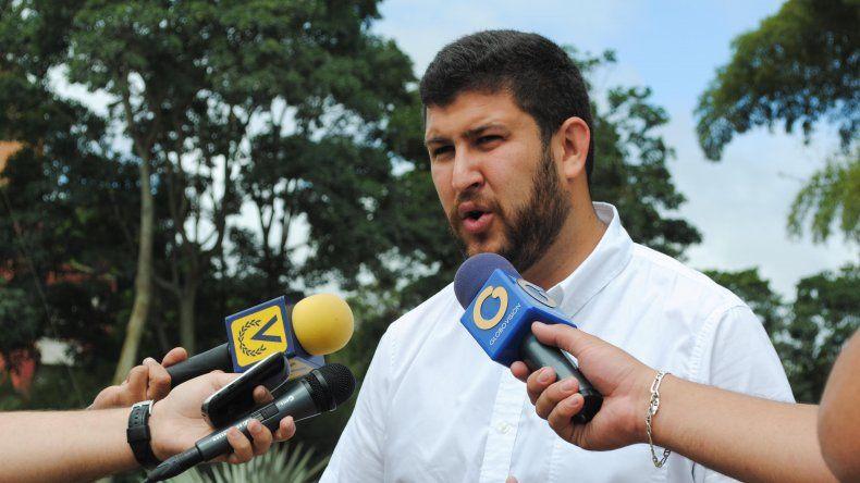 Smolansky reiteró su rechazo a que su partido Voluntad Popular (VP) participe en el diálogo con el Gobierno por no definirse una fecha para el revocatorio