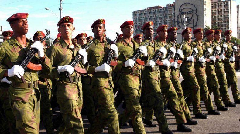 Jóvenes cubanos que integran las llamadas Tropas Especiales