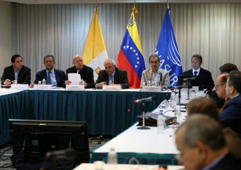 La oposición se rehusó a participar en la tercera plenaria por el incumplimiento del Gobierno venezolano de los acuerdos planteados en las sesiones anteriores.