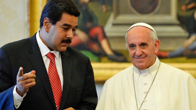 El documento confidencial que envió el Vaticano a través del monseñor Pietro Parolin a la mesa de diálogo causó molestia en el presidente venezolano