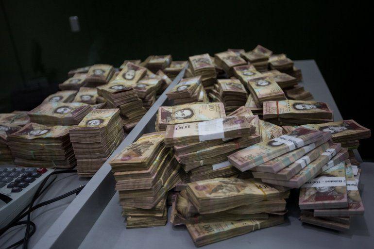 Los billetes de 100 equivalen al 77% del efectivo en poder del público venezolano.