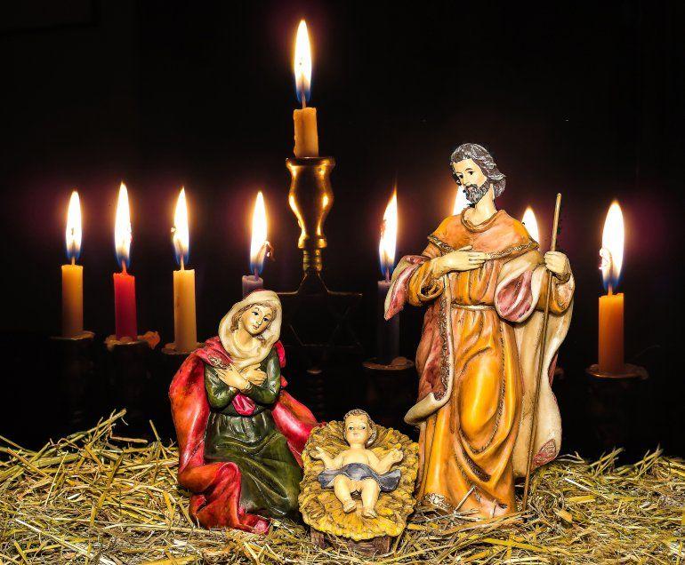 Dos festividades con orígenes muy diferentes profesan un mensaje de paz y esperanza.