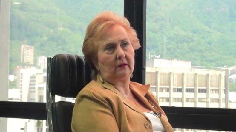 La magistrada emérita del TSJ venezolano Blanca Rosa Mármol de León anunció el inicio de la recolección de firmas para activar la constituyente originaria y rescatar el hilo constitucional del país.