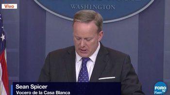 Spicer aseguró que el viaje de Tillerson y Kelly a México da cuenta de la importancia que Estados Unidos otorga a sus relaciones con el vecino de sur.