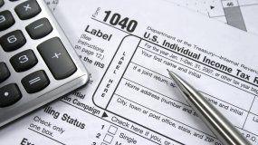 En período de impuesto hay que estar más atentos a las estafas que se pueden producir. IRS nos previenede las principales formas de engaño que usan los criminales cada año.