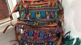 La tienda vende productos de Chiapas, Oaxaca, Puebla, y los altos de Nayarit.