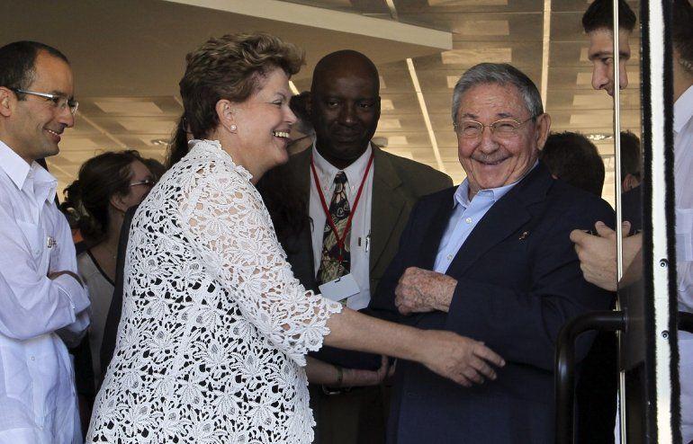 Marcelo Odebrecht, Dilma Rousseff, Raúl Castro y su nieto Raúl Rodríguez Castro, el 27ENE14, durante la inauguración de la ampliación del Puerto de Mariel, en La Habana.
