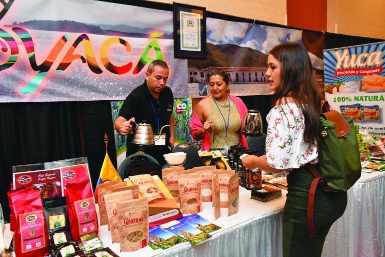 Más de 30 empresarios y representantes de distribuidores participan en el encuentro comercial internacional
