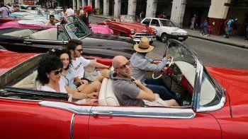 Turistas en una calle de La Habana.