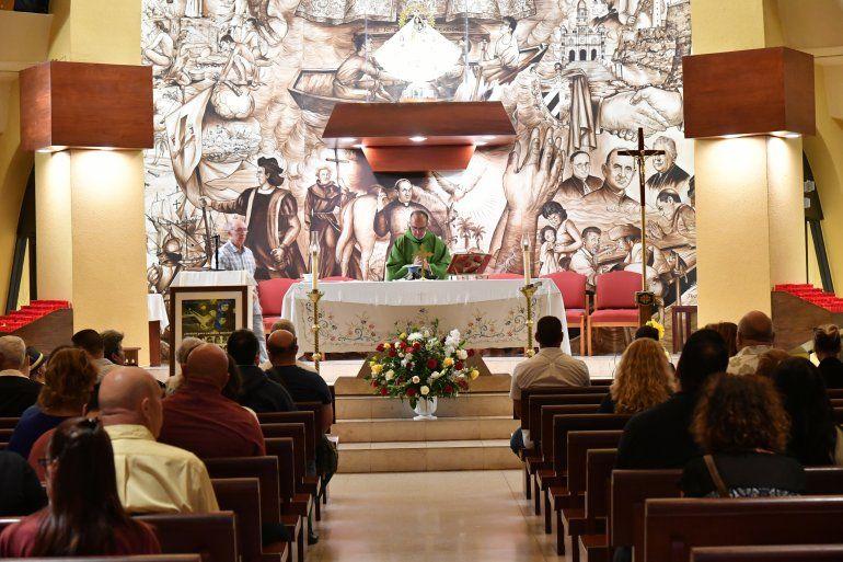 Aspecto de la misa realizada en recordación de las víctimas del remolcador