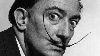 Salvador Dalí, genio del surrealismo.