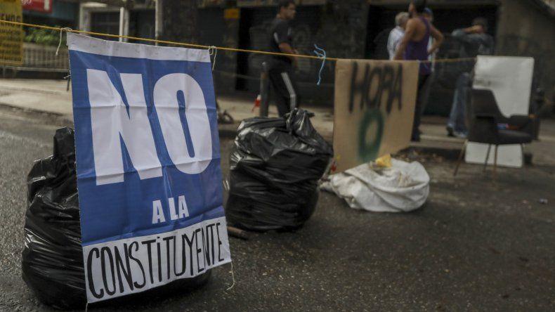 El dirigente Andrés Velásquez, en nombre de la MUD, pidió a los venezolanos prepararse, al considerar que el paro de 24 horas realizado el jueves pasado será nada respecto a lo que viene.