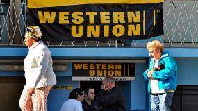 Las principales compañías de remesas de EEUU están explorando su incursión en el mercado cubano, lo que podría marcar el comienzo del fin de la hegemonía de Western Union durante casi 20 años.