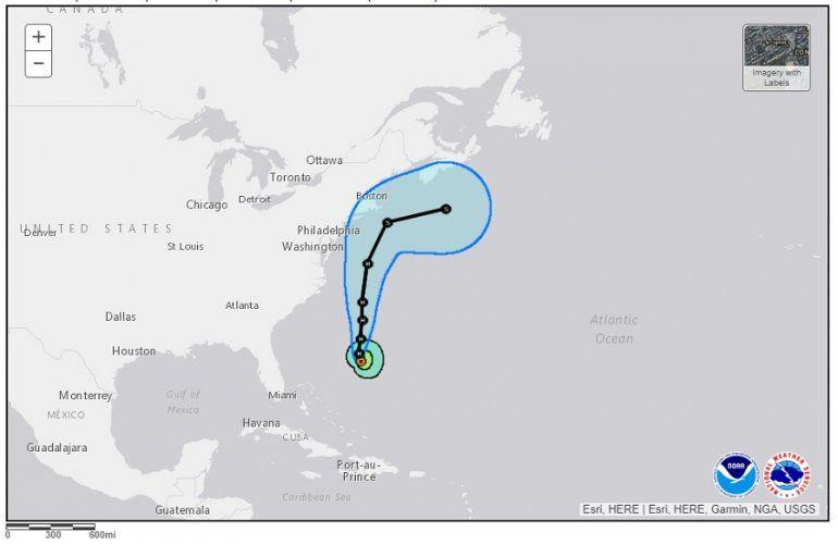 Esta es la última trayectoria del huracán Jose presentada por el Centro Nacional de Huracanes de EEUU.