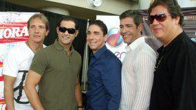 René Farrait, Charlie Massó, Ricky Meléndez, Johnny Lozada y Ray Reyes, ex integrantes del grupoMenudo.