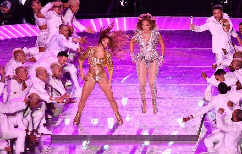 Shakira y Jennifer López contagiaron sus ritmos en el Medio Tiempo del Super Bowl 2020.