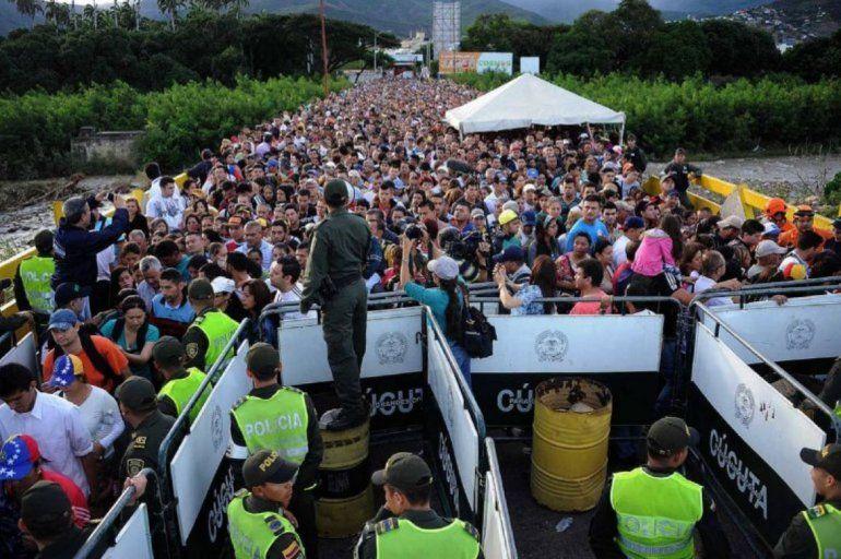 Cinco millones de venezolanos han huido de la emergencia humanitaria causada por la dictadura de Nicolás Maduro. Frontera con Colombia