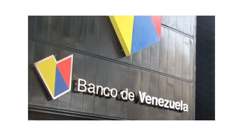 Detienen a funcionario del banco de venezuela por acceder for Oficina del banco de venezuela