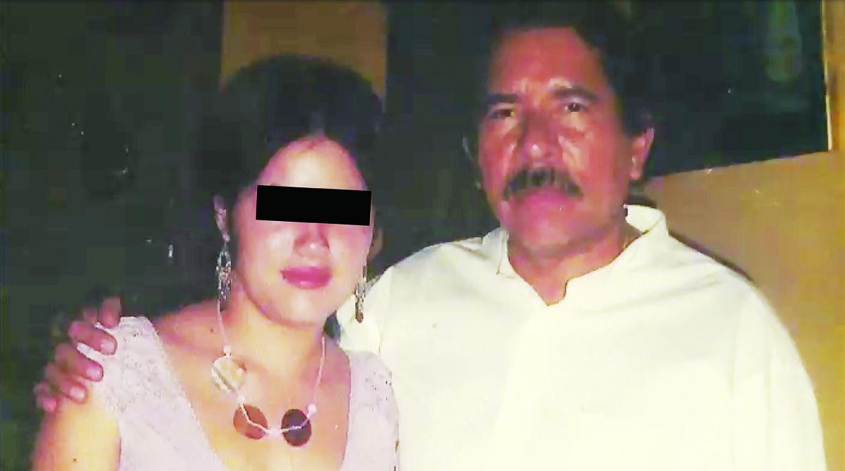 Daniel Ortega con Elvia Junieth, en una foto sin fecha (CORTESÍA)