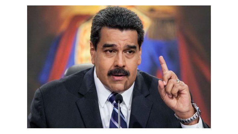 Caída del petróleo venezolano hace tambalear misiones sociales