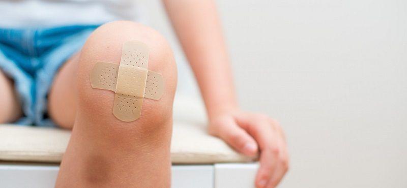 porque se producen hematomas en las piernas