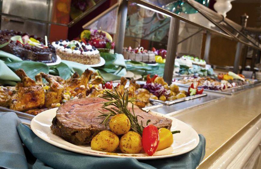 Disfrute easter con un brunch cinco estrellas gastronom a for Hoteles con habitaciones para cinco personas
