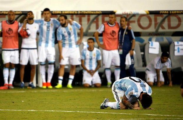 Maestra Suplica A Messi Que Se Quede Con Argentina Video