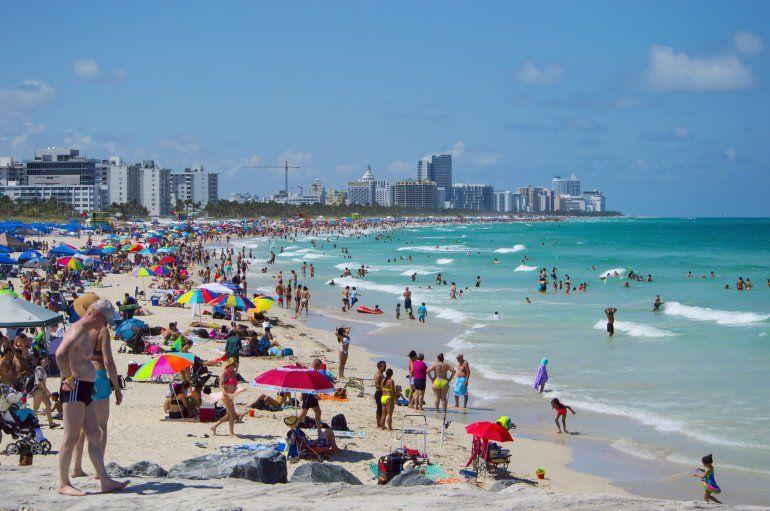Miami Beach Figura Entre Las Grandes Atracciones Del Sur De La Florida Jj Blanco