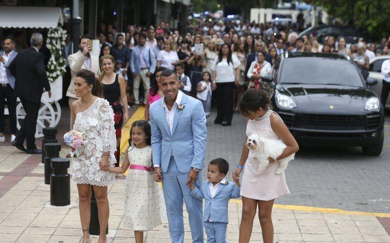 la fastuosa boda del futbolista argentino carlos tévez | fútbol