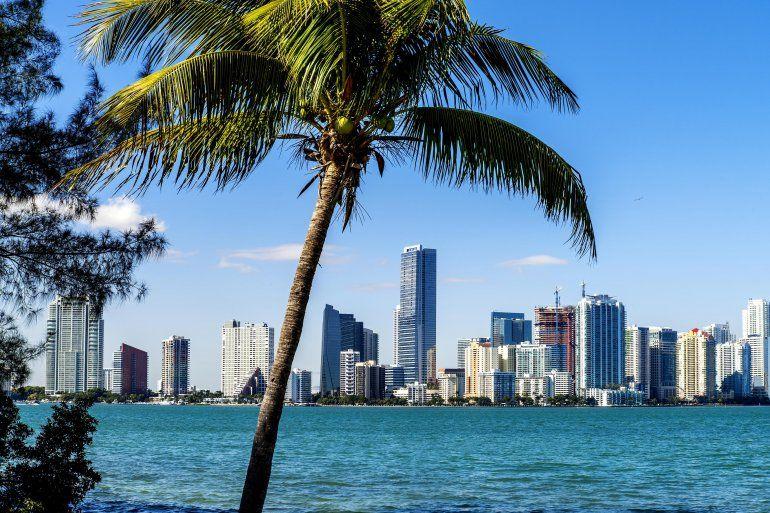 no te equivoques a la hora de comprar casa en miami rh diariolasamericas com que hora es en miami beach que hora es en miami orlando