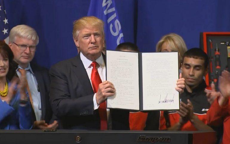 Trump firma orden para revisar visas de trabajo y compras for Gobierno exterior