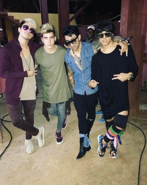 La banda Ángeles firma con la Warner Music Latina   Música, Cuba