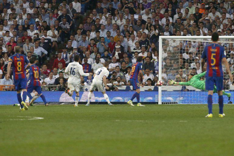 1acdf47d82 El clásico que se dio por primera vez en la final de la Copa Libertadores  se escenificará en la casa del Real Madrid.(EFE)