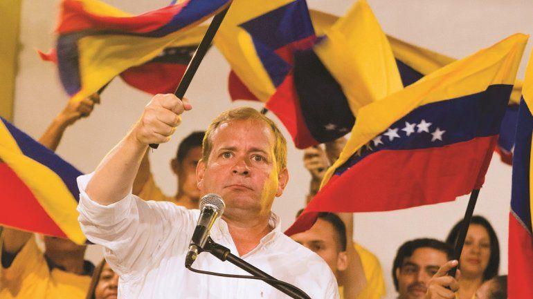 Juan Pablo Guanipa fue uno de los cinco goberndores opositores electos en las regionales del 15 de octubre en Venezuela
