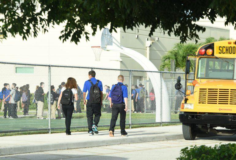 Autoridad escolar de Miami-Dade asevera que las escuelas son seguras ...
