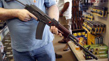 La inmensa mayoría del público en EEUU, más del 90%, apoya la verificación absoluta de antecedes para comprar un arma de fuego.