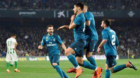 Asensio destacó con un par de goles para el cuadro merengue que sigue estando a 17 puntos del Barcelona.