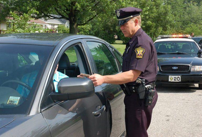 Alrededor de dos millones de automovilistas en la Florida tienen su carné de conducir suspendido.