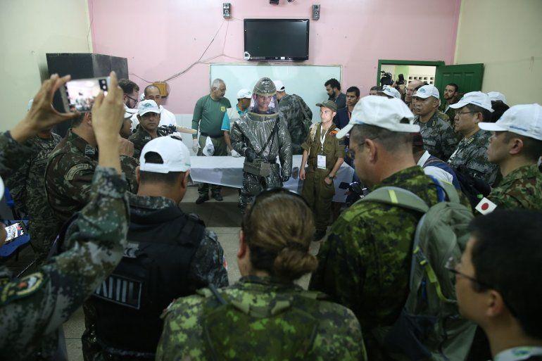 Ejercicios militares multinacionales para recepción de refugiados realizados el 09NOV17 en Tabatinga