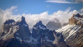 Vista de las Torres del Paine donde se produjo la fractura del milenario glaciar Grey en noviembre de2017. La masa de hielo de 244 kilómetros cuadrados ha ido retrocediendo de forma continua desde 1945 y es uno de los glaciares chilenos que más superficie ha perdido en los últimos años.